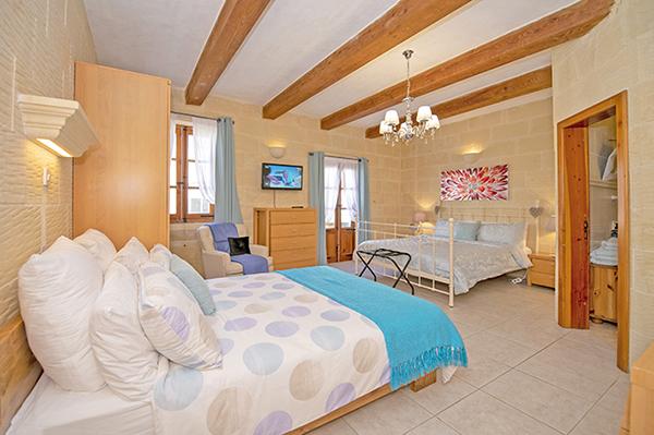 Skye - Family Room