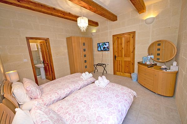 Jura - 2 Twin Bed