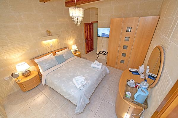 Islay - 1 Double Bed