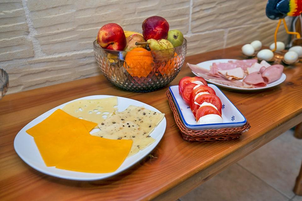 26 breakfast